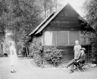 Ethyl Barber, George and Lovenia Beard at George Beard cabin
